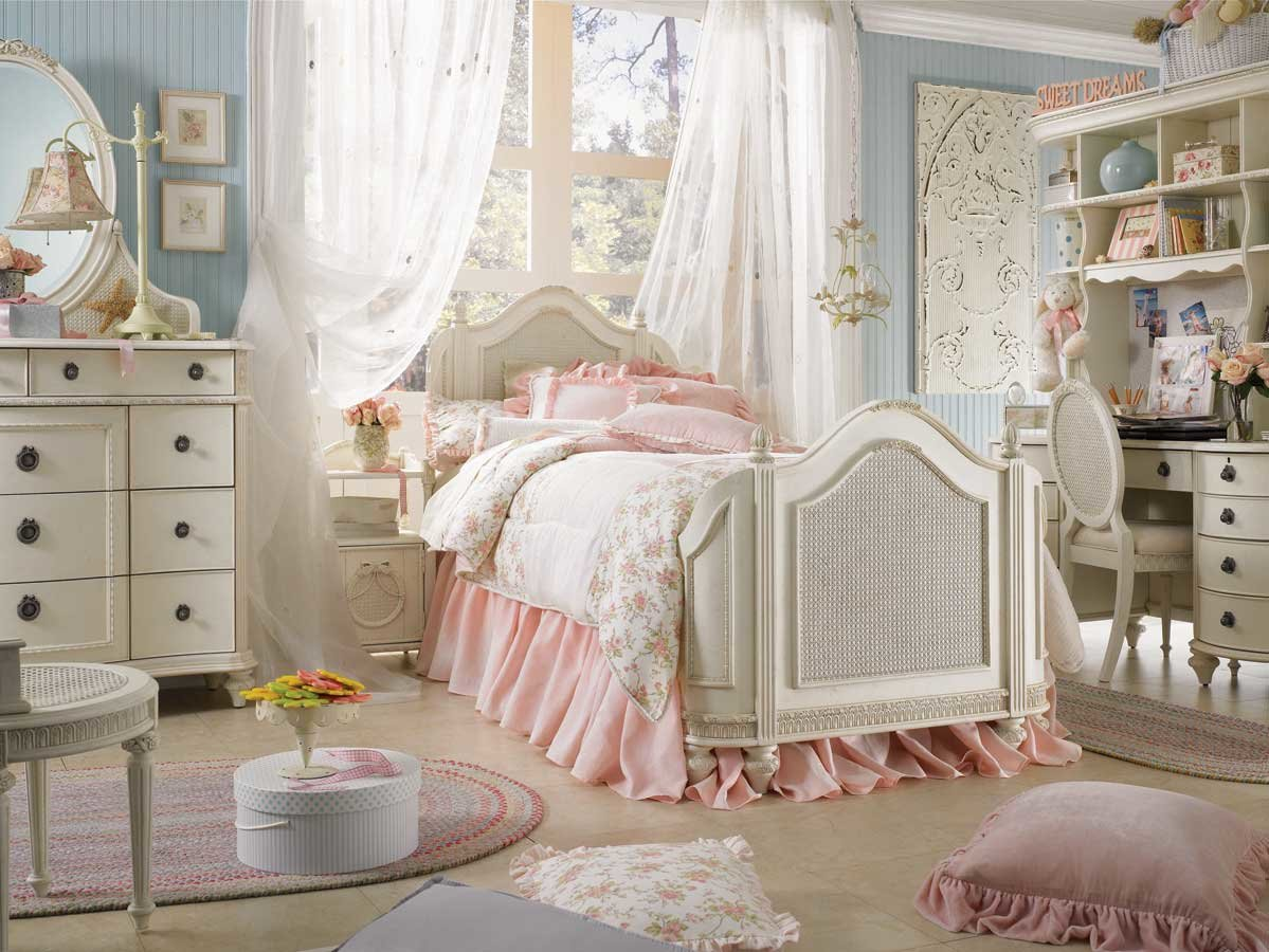 Best Discount Fabrics Lincs How To Create A Shabby Chic Bedroom With Pictures
