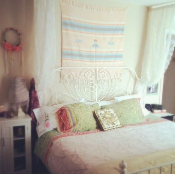 Best Gypsy Yaya Room Makeover How To Create A Bohemian Bedroom Oasis With Pictures