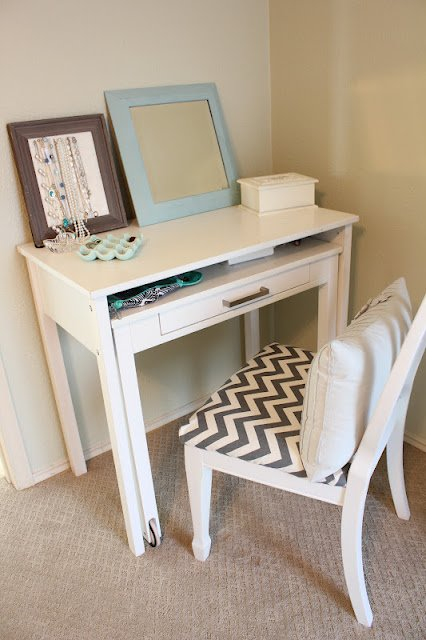 Best Home Thrifty Home My Vanity Corner With Pictures