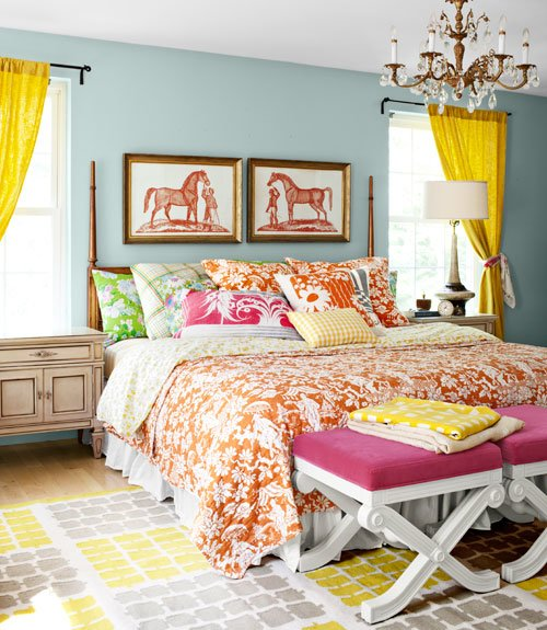 Best Mix And Chic Home Tour A Textile Designer S Colorful Home With Pictures