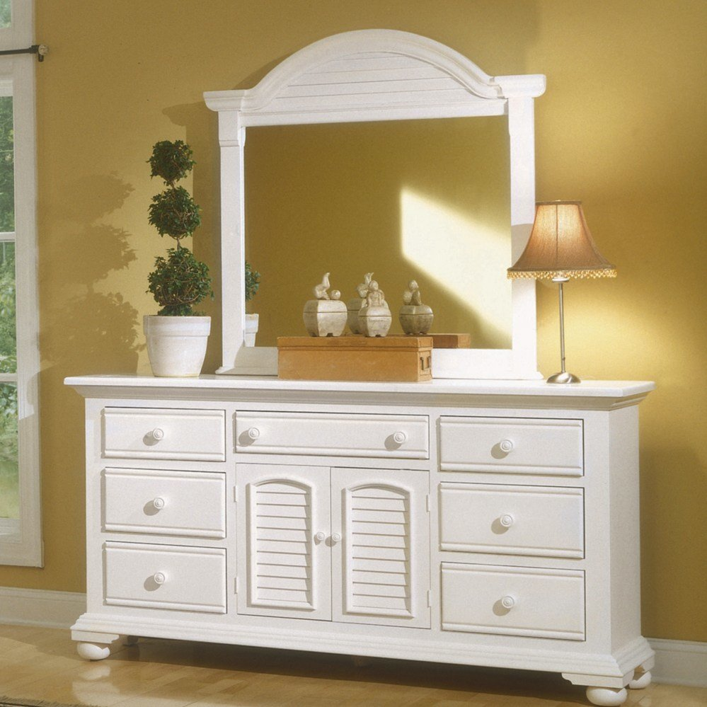 Best Cottage Traditions Distressed White Bedroom Furniture Set With Pictures