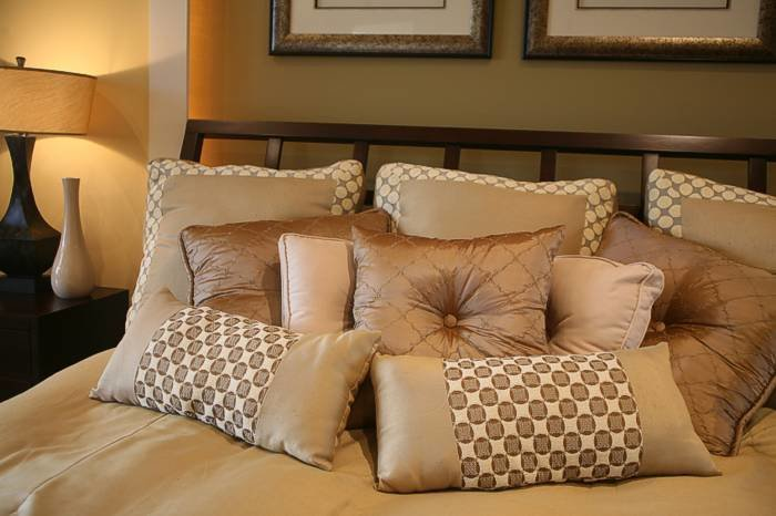 Best Decorative Bed Pillows Unique Home Designs With Pictures