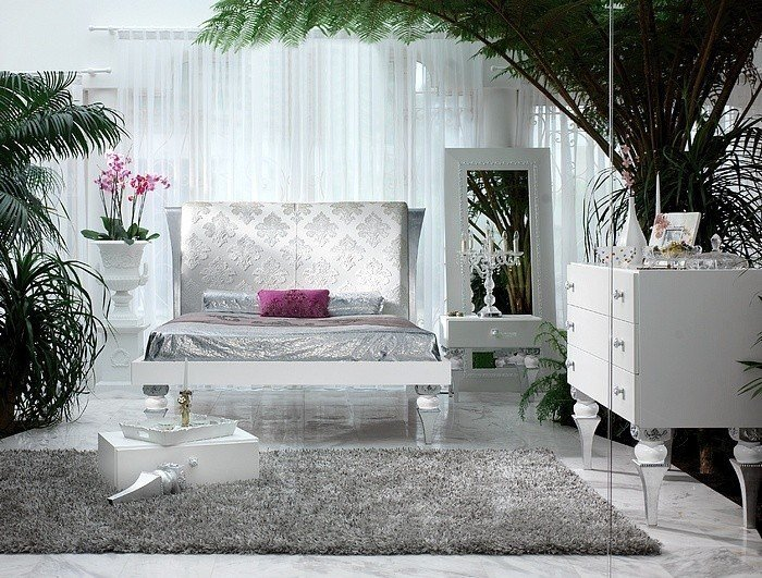 Best Magnus White And Silver Leaf Bedroom Set With Pictures