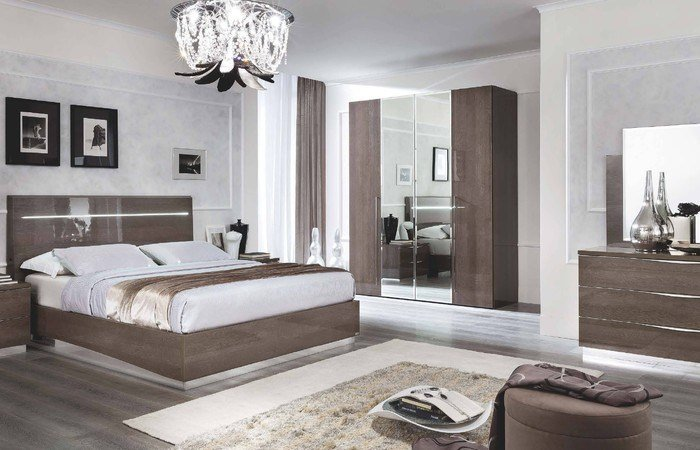 Best Solid Wood Bedroom Furniture Manufacturers Unique How With Pictures