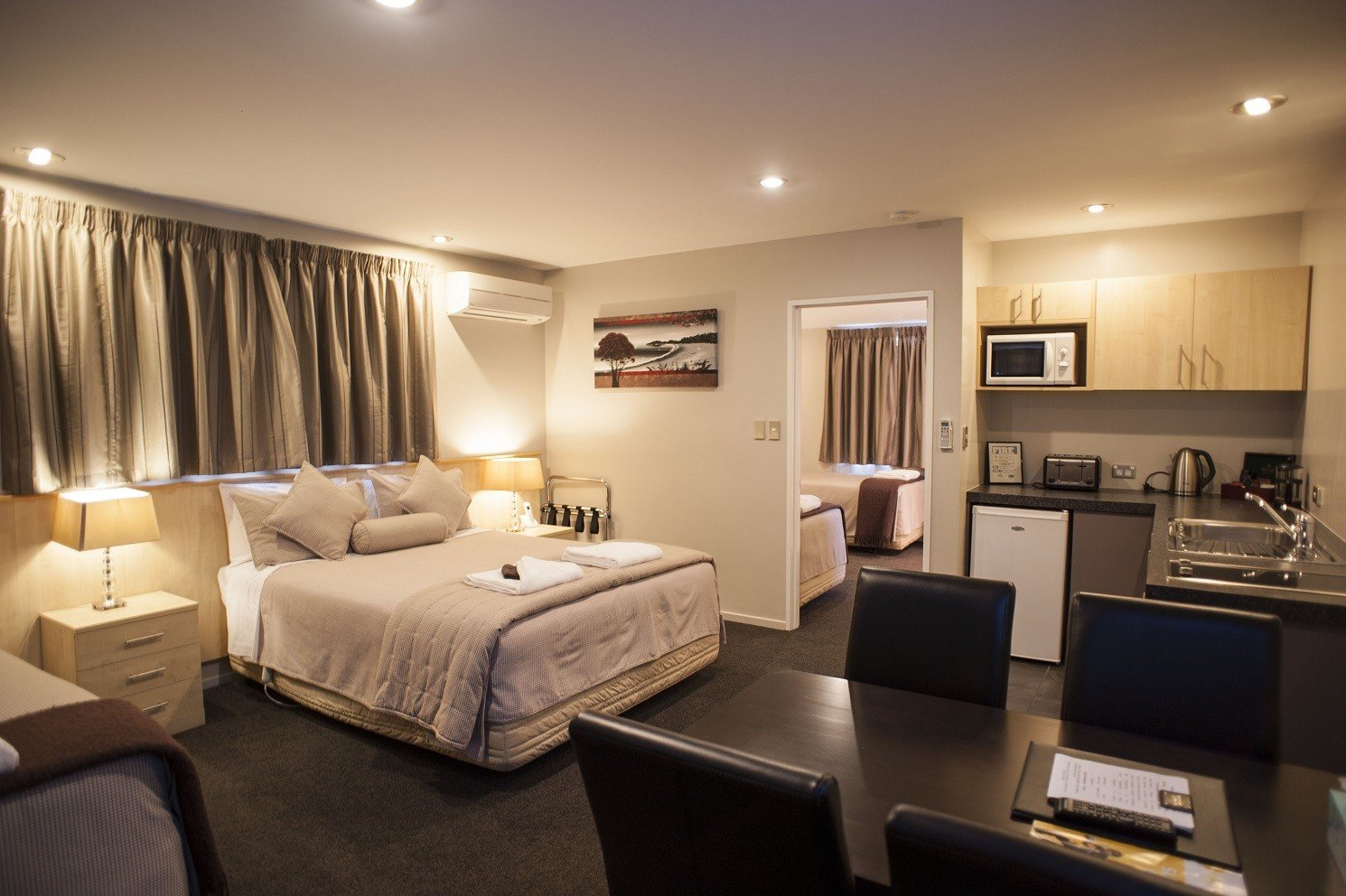 Best Christchurch Luxury Apartment Qualmark 5 Star 1 Bedroom With Pictures