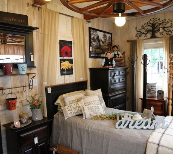 Best Pine Primitive Bedroom Furniture Carriage House Furnishings With Pictures
