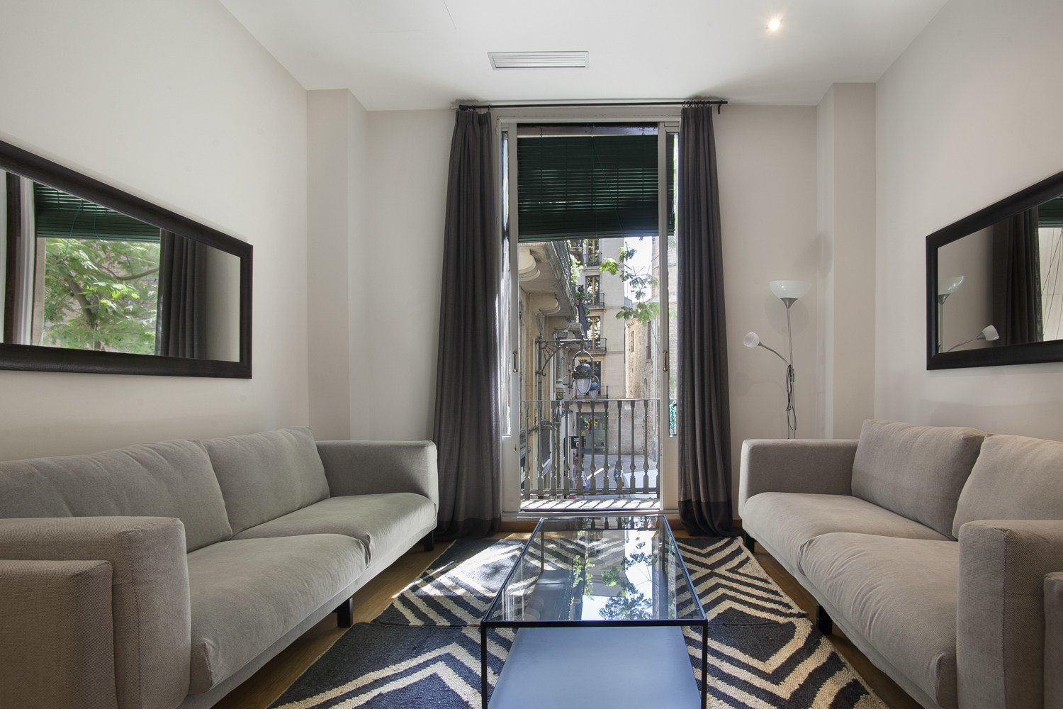 Best Furnished 5 Bedroom For Rent In The Gotico Quarter With Pictures