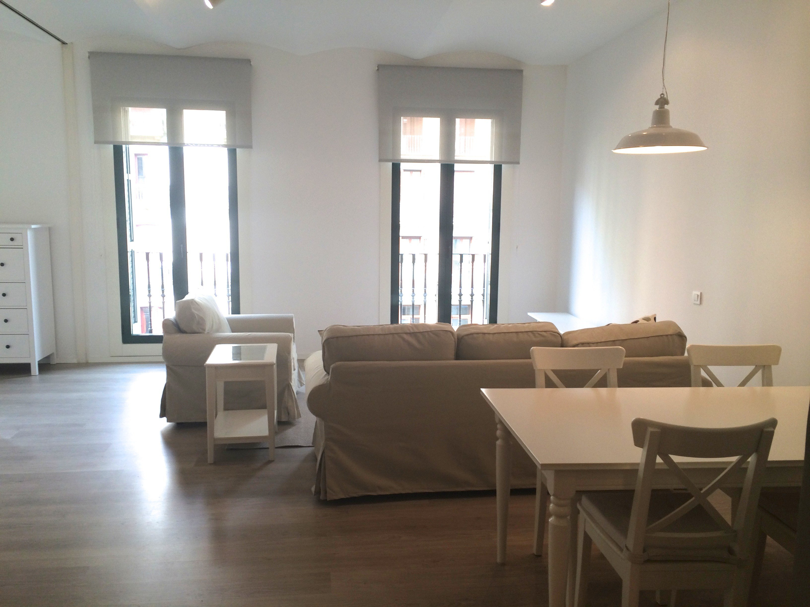 Best Furnished 3 Bedroom Apartment For Rent Placa Catalunya With Pictures