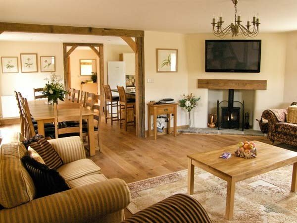 Best 5 Bedroom Holiday Cottage In Westhope Shropshire For Two With Pictures