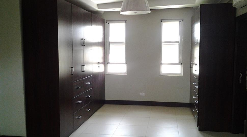 Best 3 And 4 Bedroom Houses For Sale At Adjiringanor East Legon Houses For Sale Houses For Rent In With Pictures