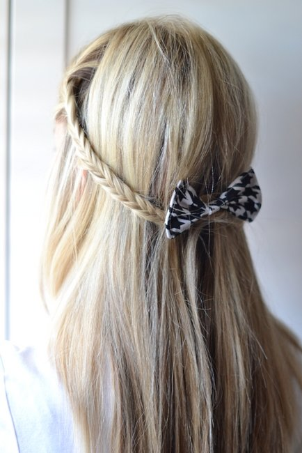 Free 18 Cute And Easy Hairstyles That Can Be Done In 10 Minutes Wallpaper