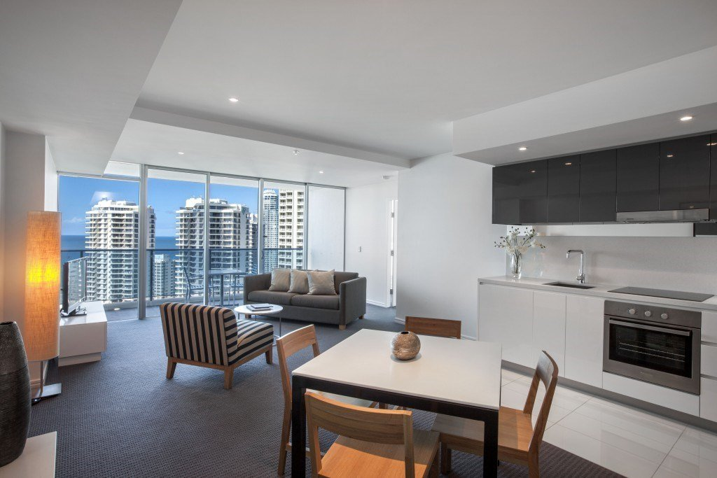Best Hilton Surfers Paradise Schoolies Accommodation Gold Coast Schoolies With Pictures