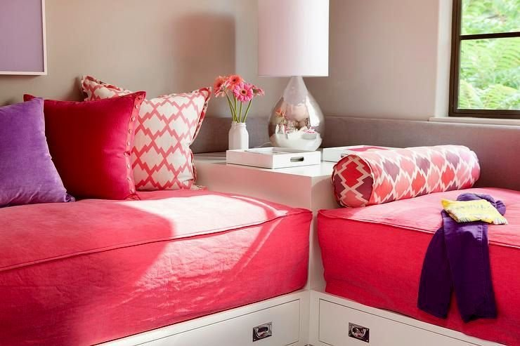 Best Superb Red Bedroom Bench Picture Bedroom Decorating And With Pictures