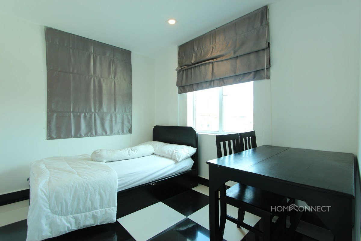 Best Comfortable 2 Bedroom 1 Bathroom Apartment For Rent Near With Pictures