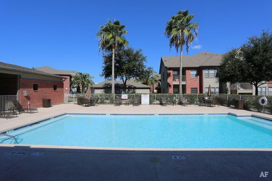 Best Windsor Place Apartments Laredo Tx Apartment Finder With Pictures