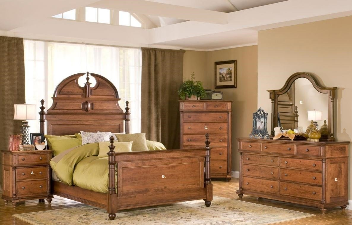 Best Yutzy Urban Collection Monticello Queen Bedroom Group With Pictures