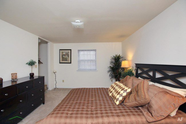 Best Country Club Apartments Charlotte Nc Apartment Finder With Pictures