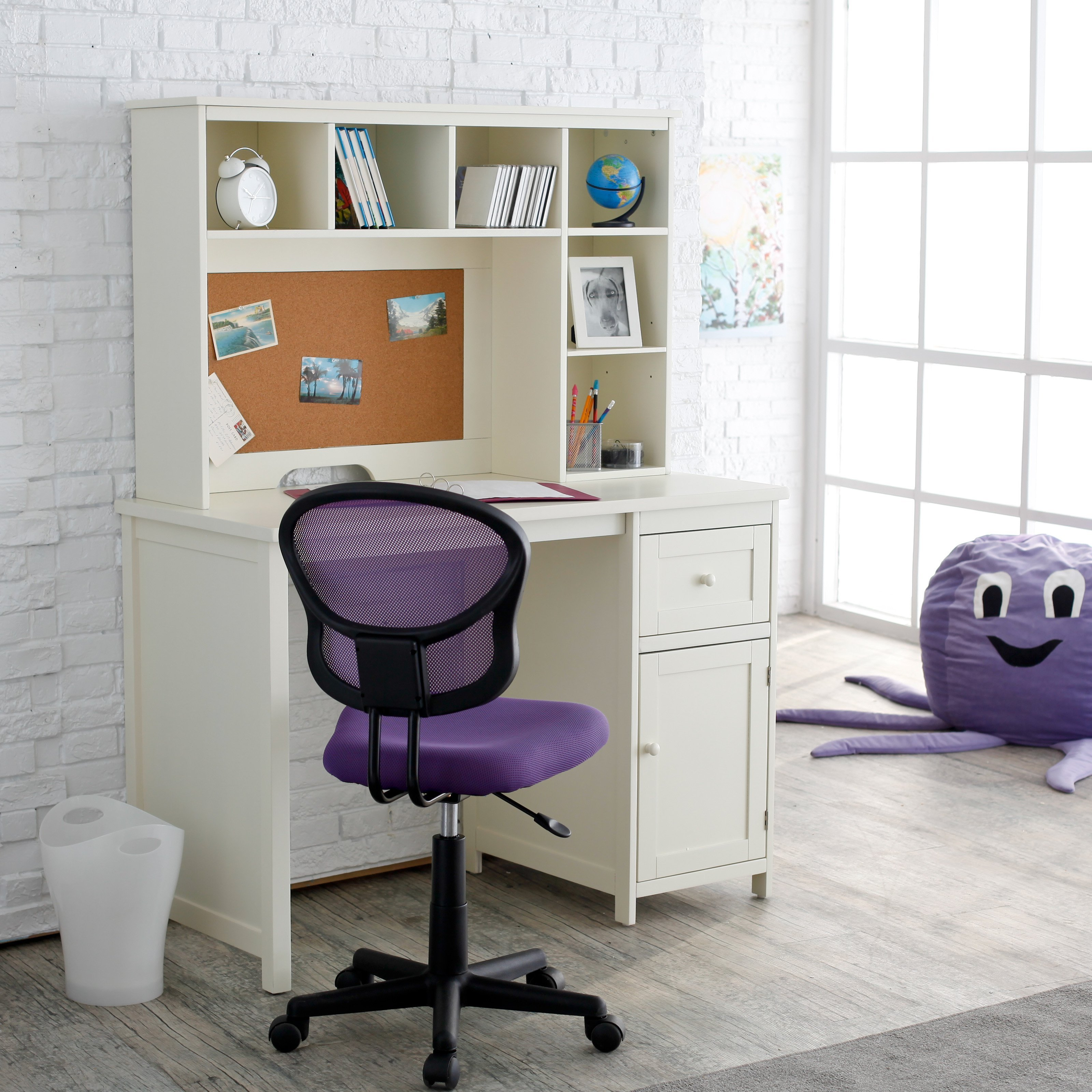 Best Piper Student Desk With Optional Hutch Set Vanilla At With Pictures