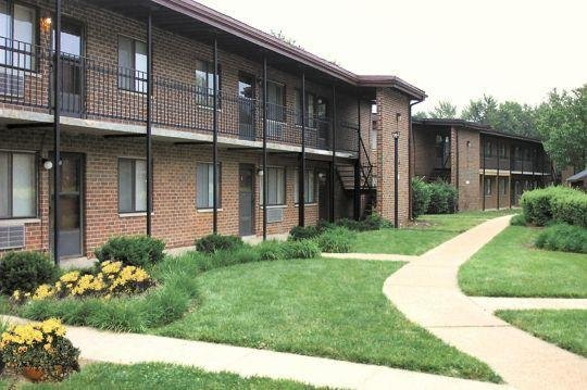 Best Springwood Apartments St Louis Mo Apartment Finder With Pictures