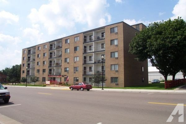 Best 1Br 650Ft² Lake Crystal Towers Lake Crystal Mn For With Pictures