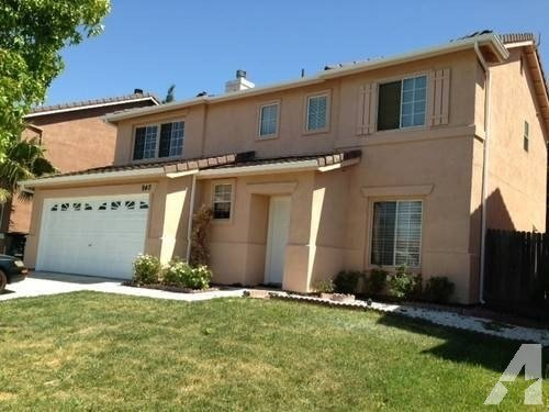 Best 4 Bedroom 2 5 Bath Remodeled House For Rent For Sale In With Pictures
