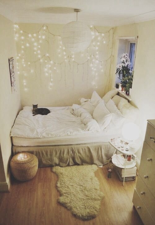 Best Fairy Lights 44 Cozy Bedrooms To Inspire The Home Decorator In… With Pictures