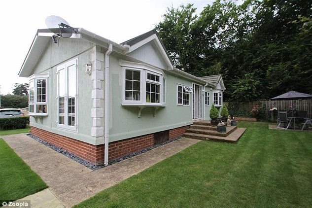 Best Property Prices Of Mobile Homes Reach £500K Daily Mail With Pictures