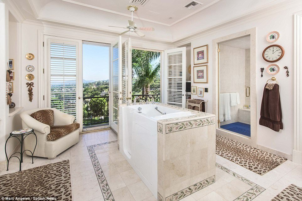 Best Sir Tom Jones Puts Lavish Beverly Hills Home On The Market With Pictures