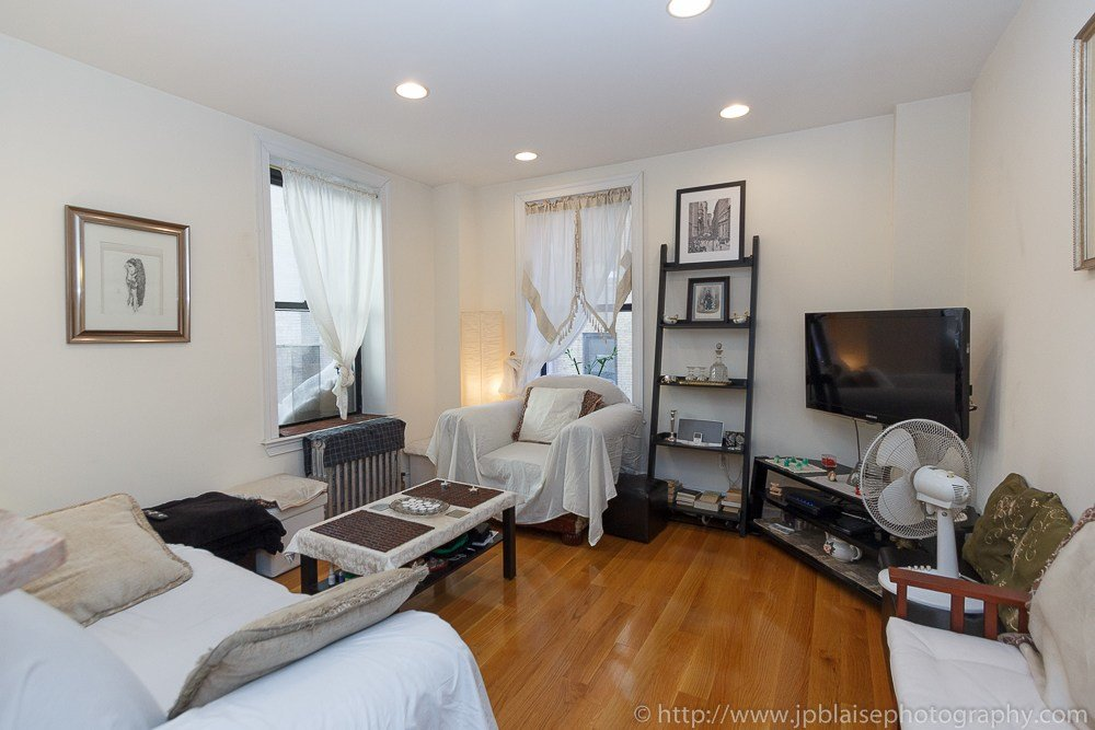 Best New York Real Estate Photographer Work Of The Day One Bedroom Apartment In Hamilton Heights With Pictures