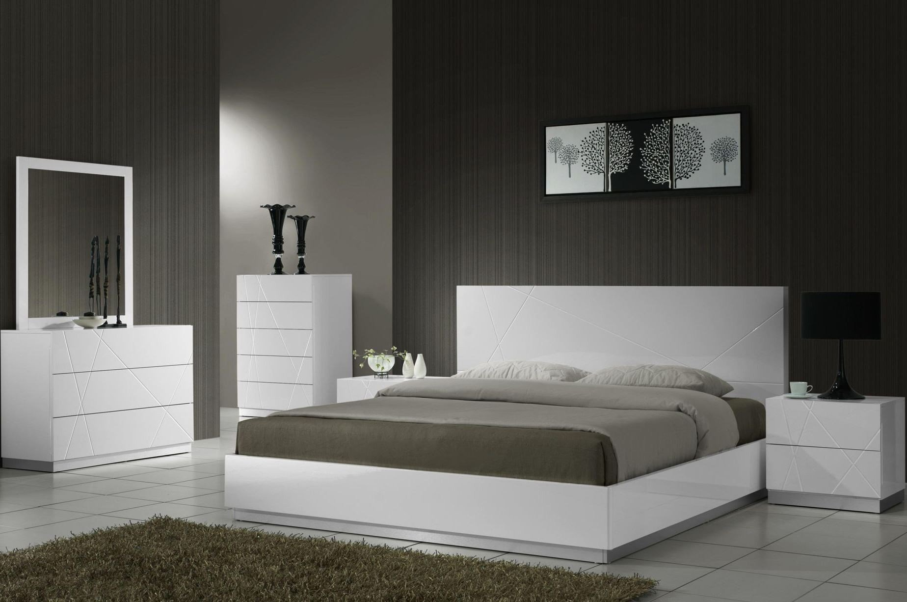 Best Naples White Lacquer Platform Bedroom Set From J M 17686 Q Coleman Furniture With Pictures
