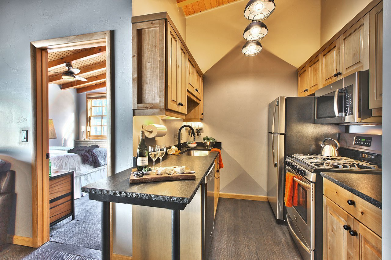 Best Unit 1 2 Bedroom 2 Bath Heretic Condos With Pictures