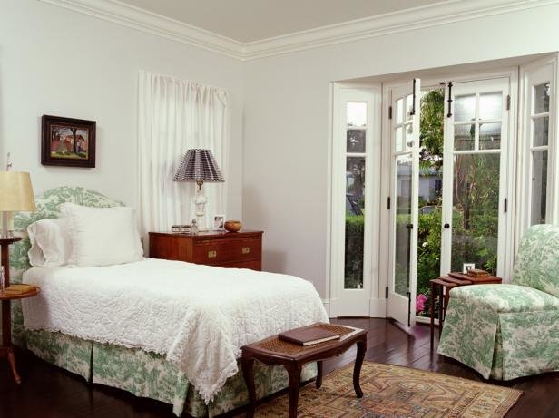 Best 8 Styles Of White Bedrooms Hgtv With Pictures