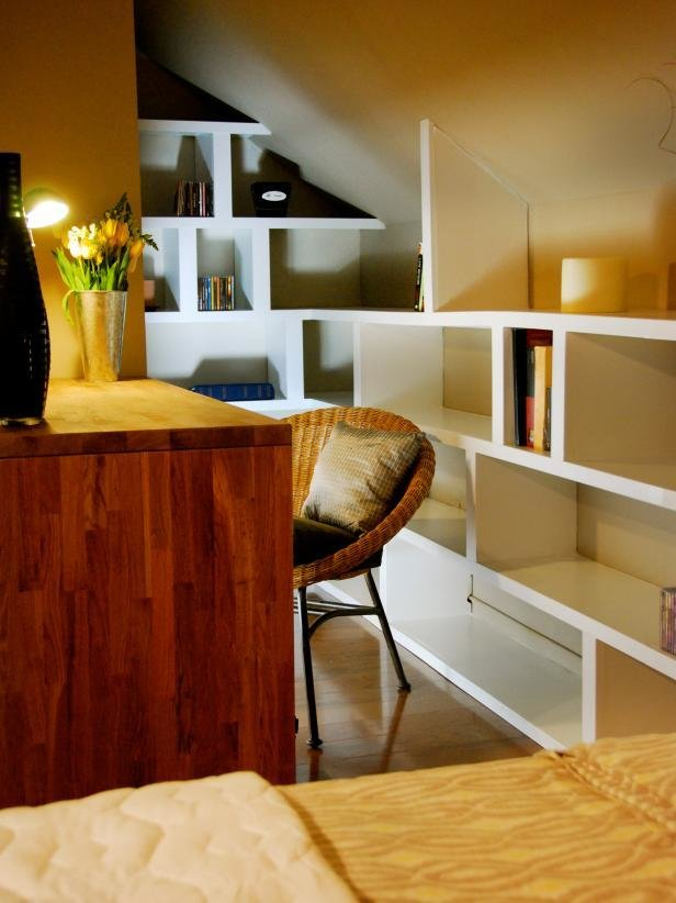 Best Small Space Home Offices Hgtv With Pictures