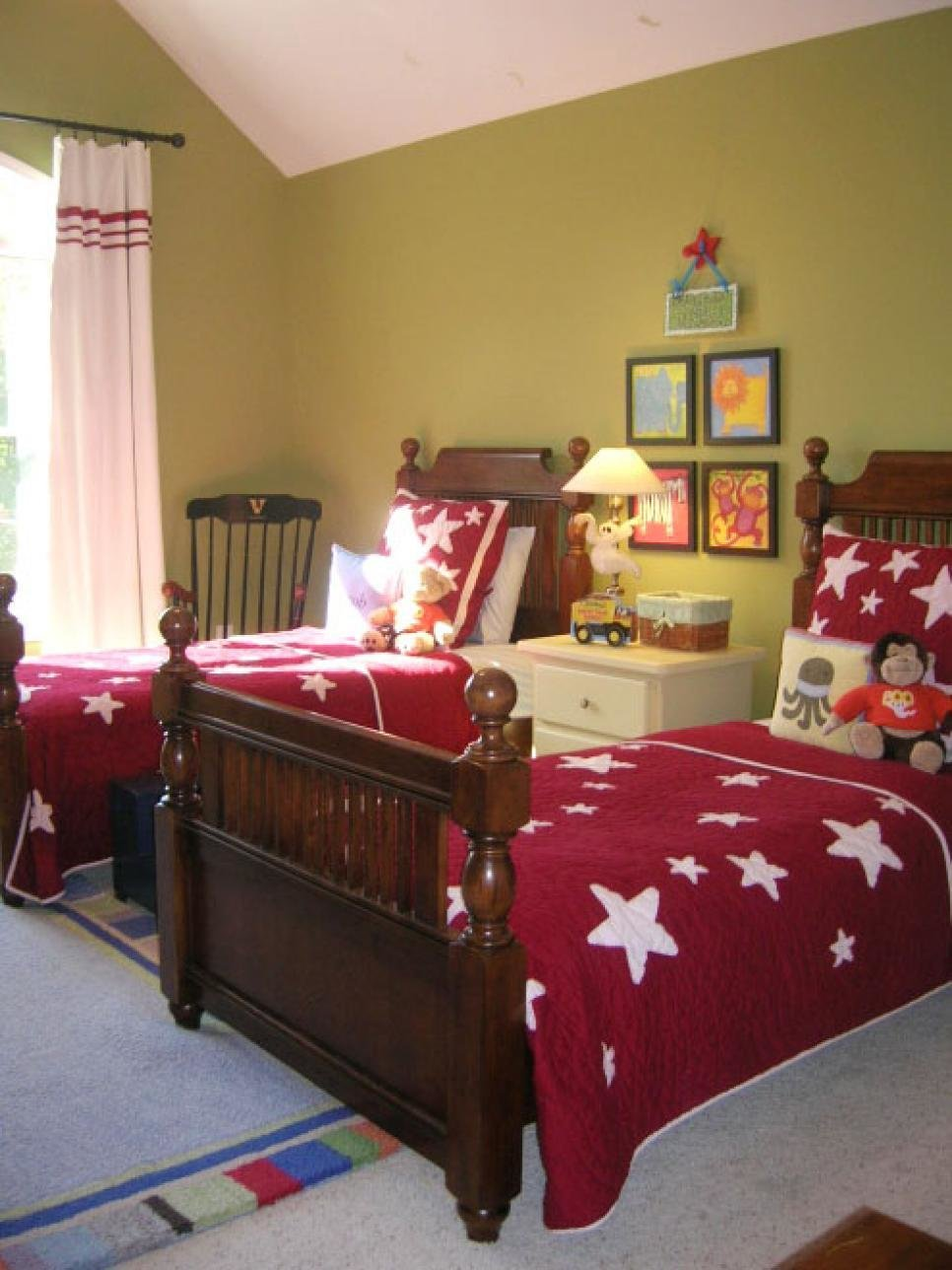 Best 20 Colorful Bedrooms Hgtv With Pictures