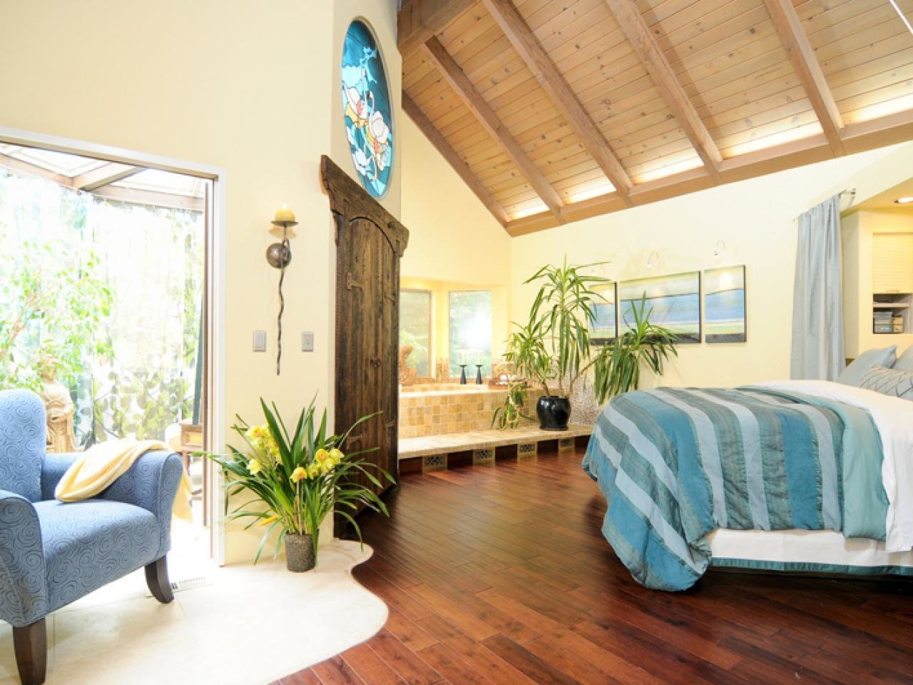 Best Blue Master Bedroom Ideas Hgtv With Pictures