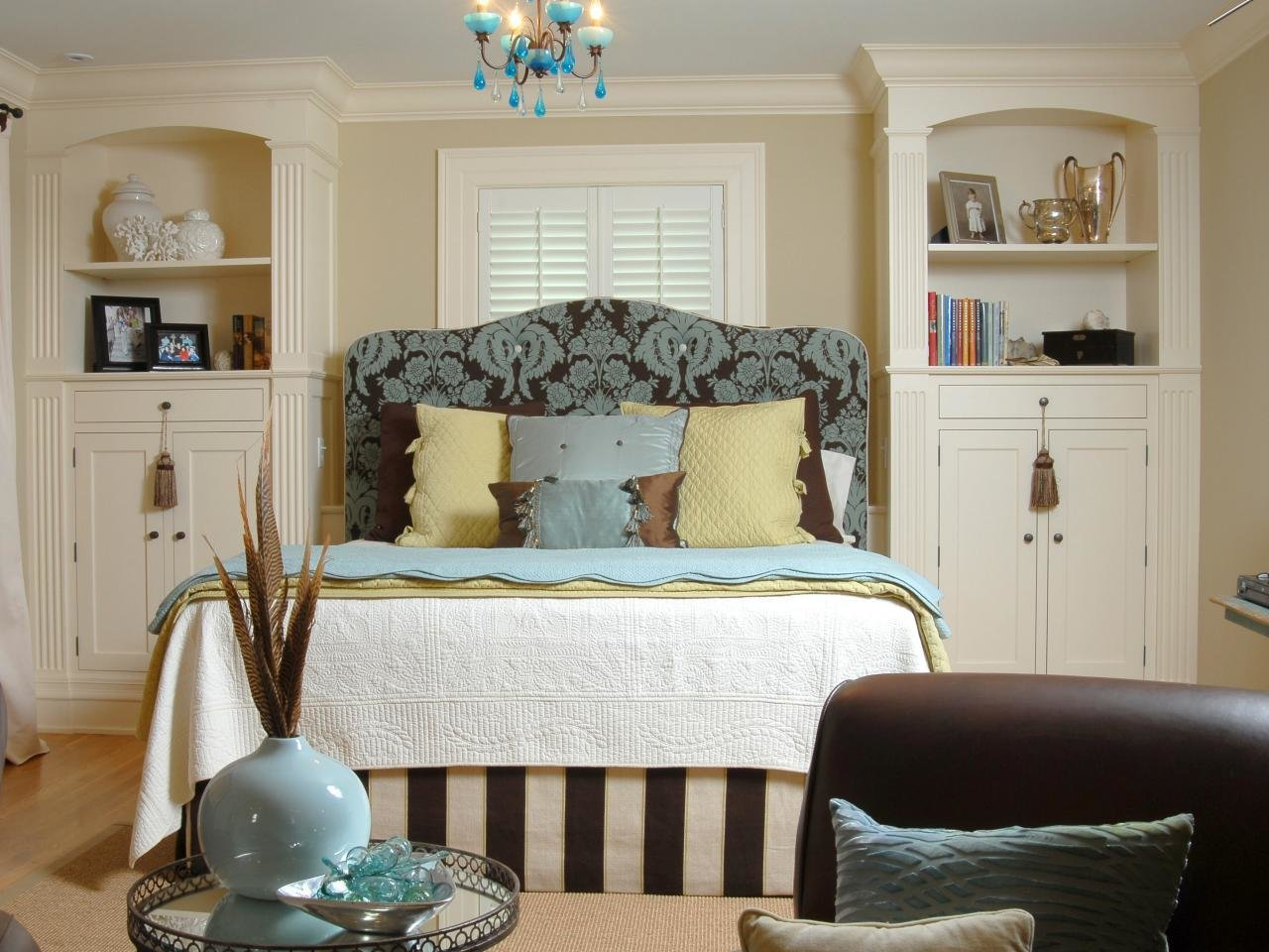 Best 5 Expert Bedroom Storage Ideas Hgtv With Pictures