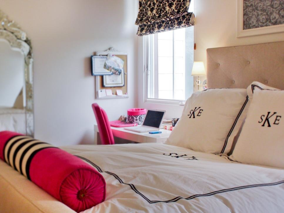 Best Glamorous T**N Girl S Room Hgtv With Pictures