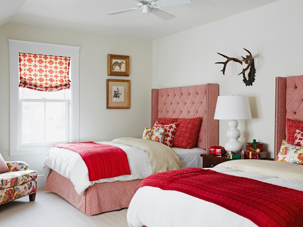 Best Red Bedrooms Pictures Options Ideas Hgtv With Pictures