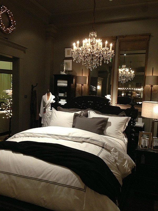Best Luxury Romantic Bedrooms With Pictures