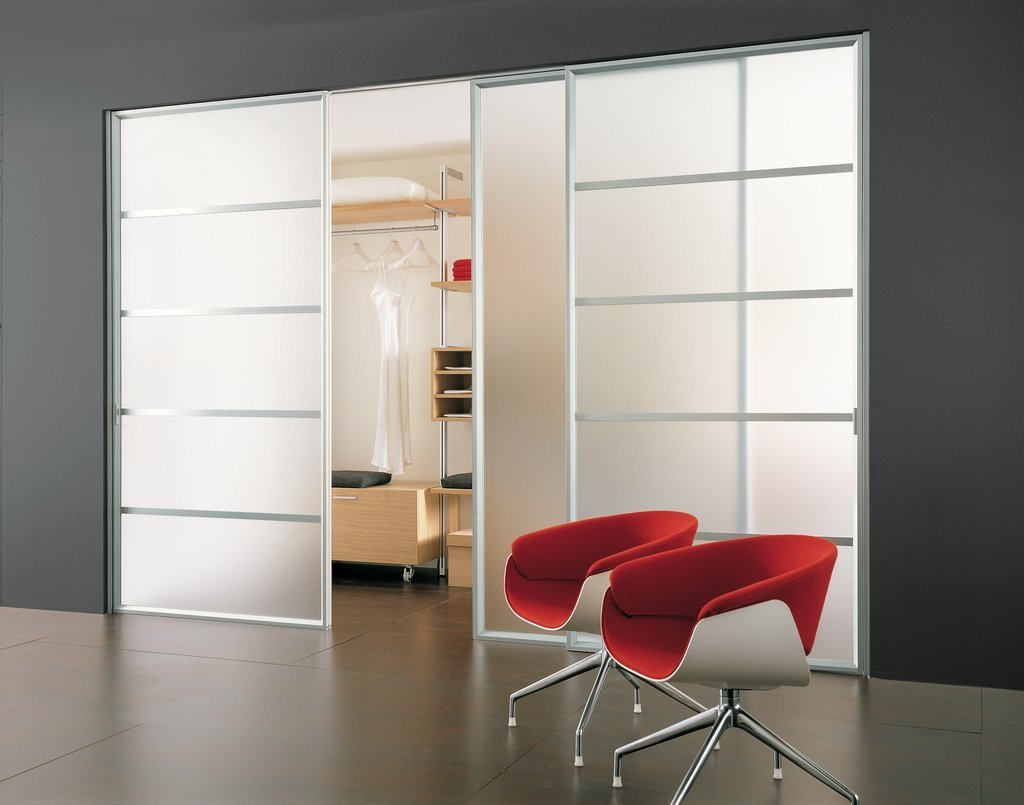 Best 22 Cool Sliding Closet Doors Design For Your Bedrooms With Pictures