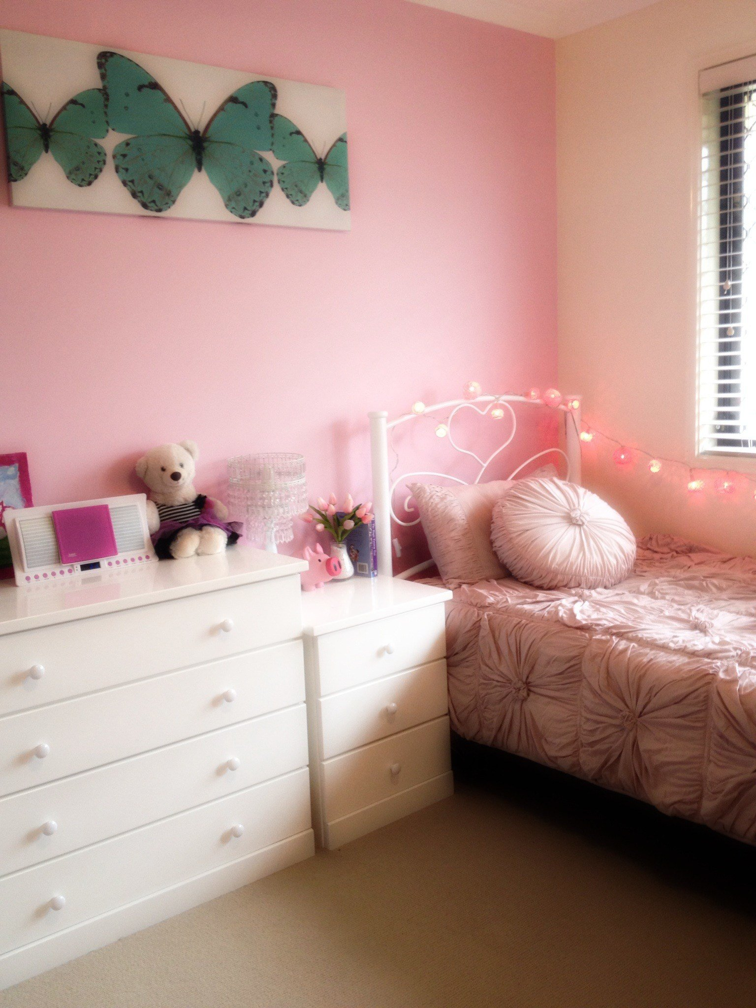 Best Girls Bedroom Makeover Tweenifying Miss 10 S Room The Organised Housewife With Pictures