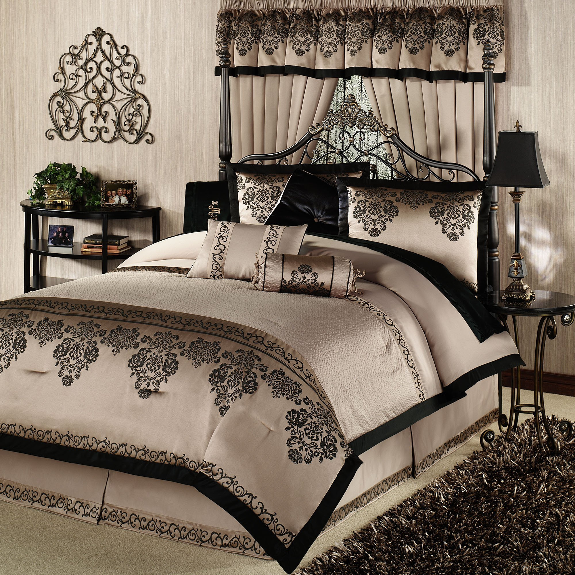 Best How Stunning Elegant Bedding Collections Atzine Com With Pictures