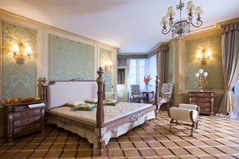 Best How To Decorate A Master Bedroom With French Country Style With Pictures