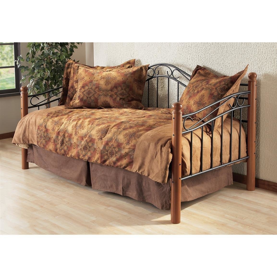 Best Hillsdale Furniture Winsloh Daybed With Trundle 117703 With Pictures