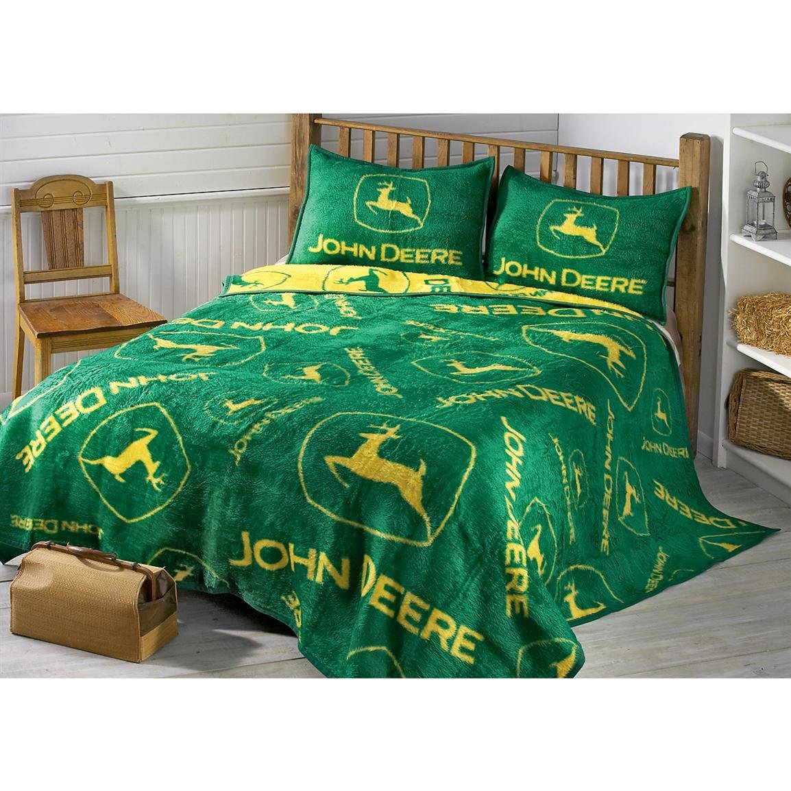 Best John Deere® Logos Sham 77738 Quilts At Sportsman S Guide With Pictures
