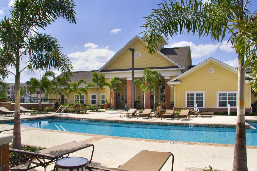 Best Town Center At Lakeside Village Rentals Lakeland Fl With Pictures