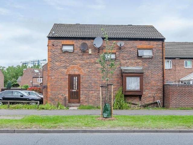 Best Need Refurbishment Property Surrey Mitula Property With Pictures