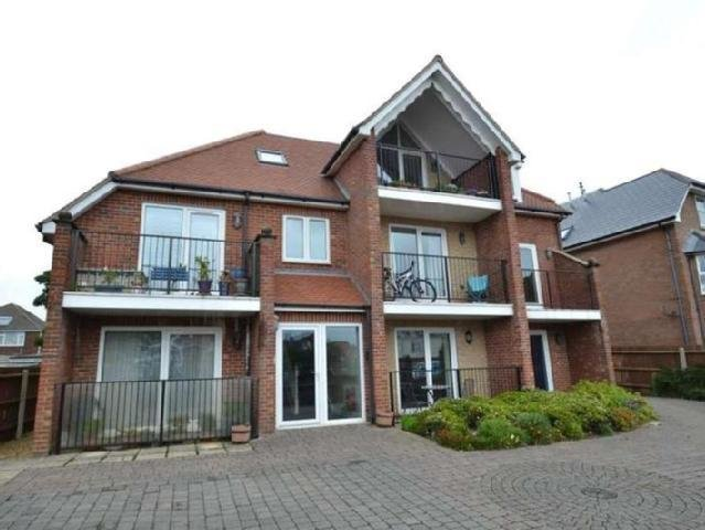 Best Flats Elizabeth Court Top Floor Bournemouth Mitula Property With Pictures
