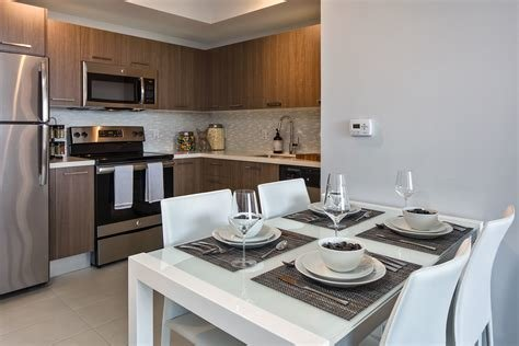 Best Intown Luxury One Two Three Bedroom Apartments In With Pictures