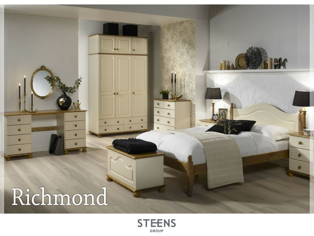 Best Richmond Cream And Pine Bedroom Furniture Wardrobes With Pictures
